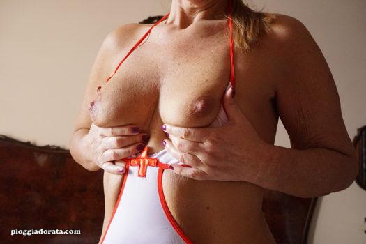 pioggiadorata infermiera