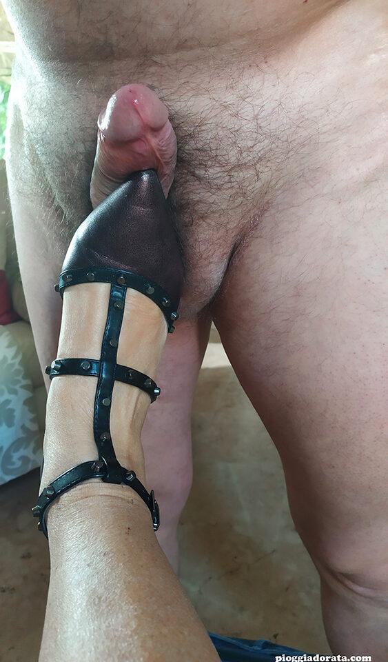 sega con i piedi